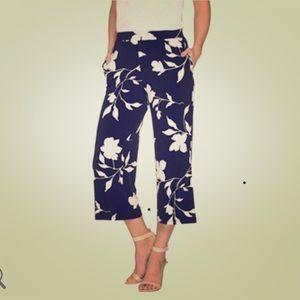 Susan Graver Pants - Susan Graver Printed Liquid Knit Crop Pants